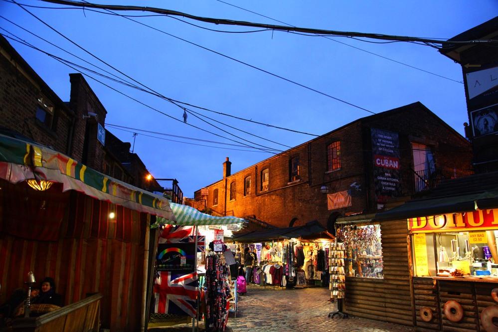focus-aventure-londres-stables-market-nuit