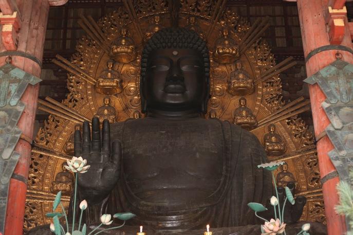 Le grand Bouddha en bronze du temples Todai-ji à Nara