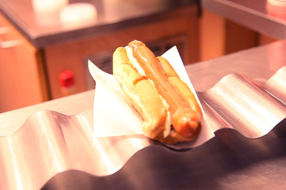 julia-laffaille-focus-aventure-islande-hotdog
