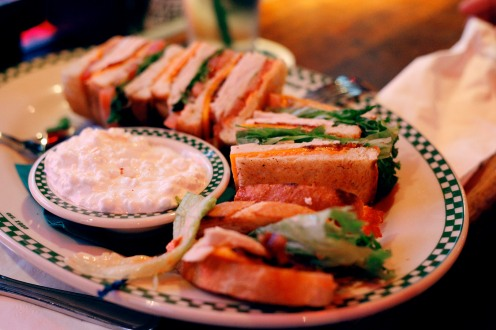 Sandwich américain chez Barney's Beanery