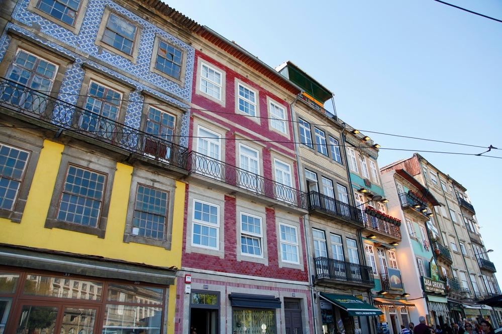 focus-aventure-julia-laffaille-porto-portugal-aliados-maison