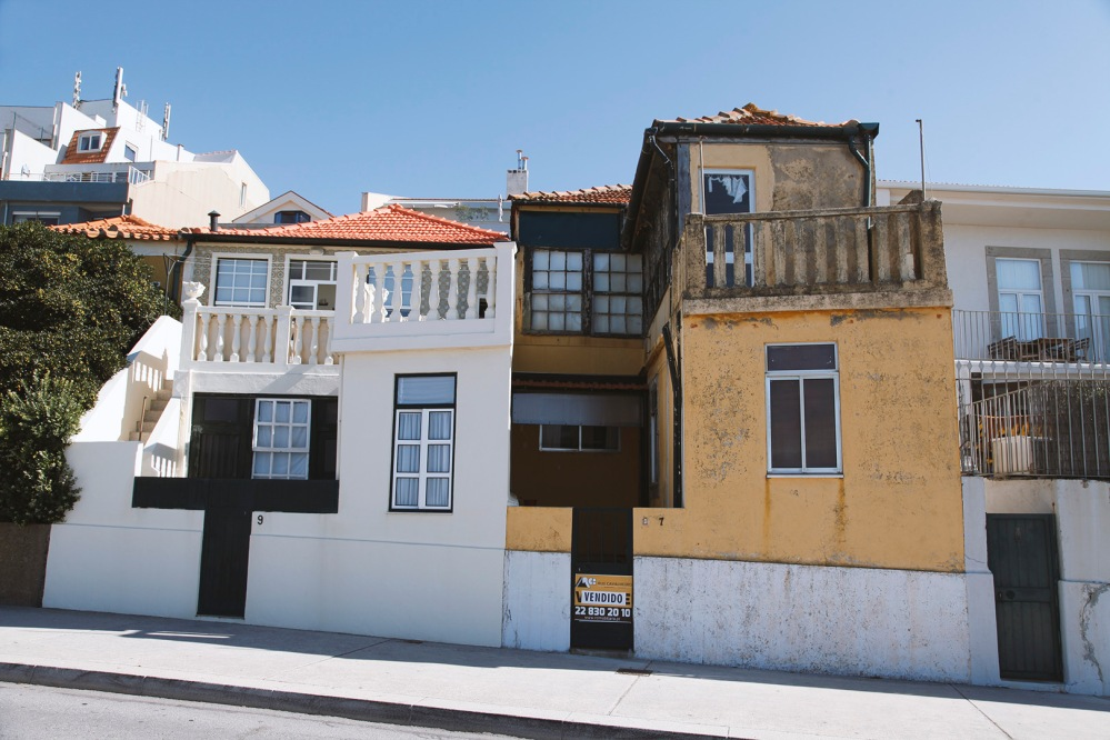 focus-aventure-julia-laffaille-porto-portugal-foz-de-douro-maison-rue