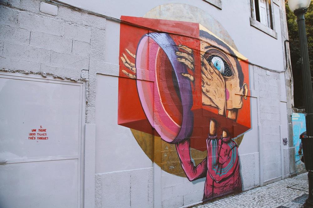 focus-aventure-julia-laffaille-porto-portugal-miragaia-street-art-maison
