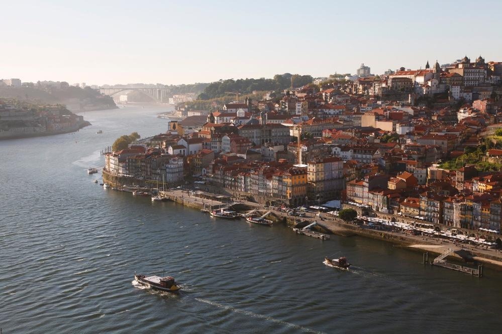 focus-aventure-julia-laffaille-porto-portugal-rio-de-douro-paysage