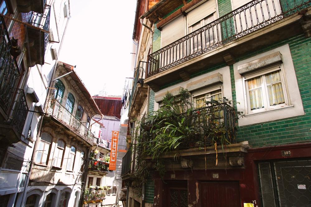 focus-aventure-julia-laffaille-porto-portugal-rue-paysage