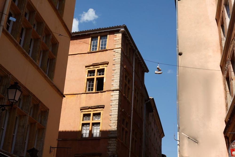 focus-aventure-julia-laffaille-vieux-lyon-architecture-facade-3