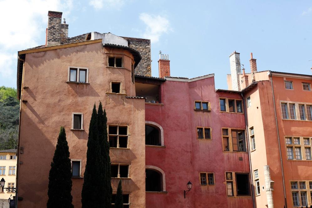 focus-aventure-julia-laffaille-vieux-lyon-facade-maison