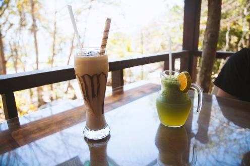 Café frappé de folie et limonade à la menthe fraîche !