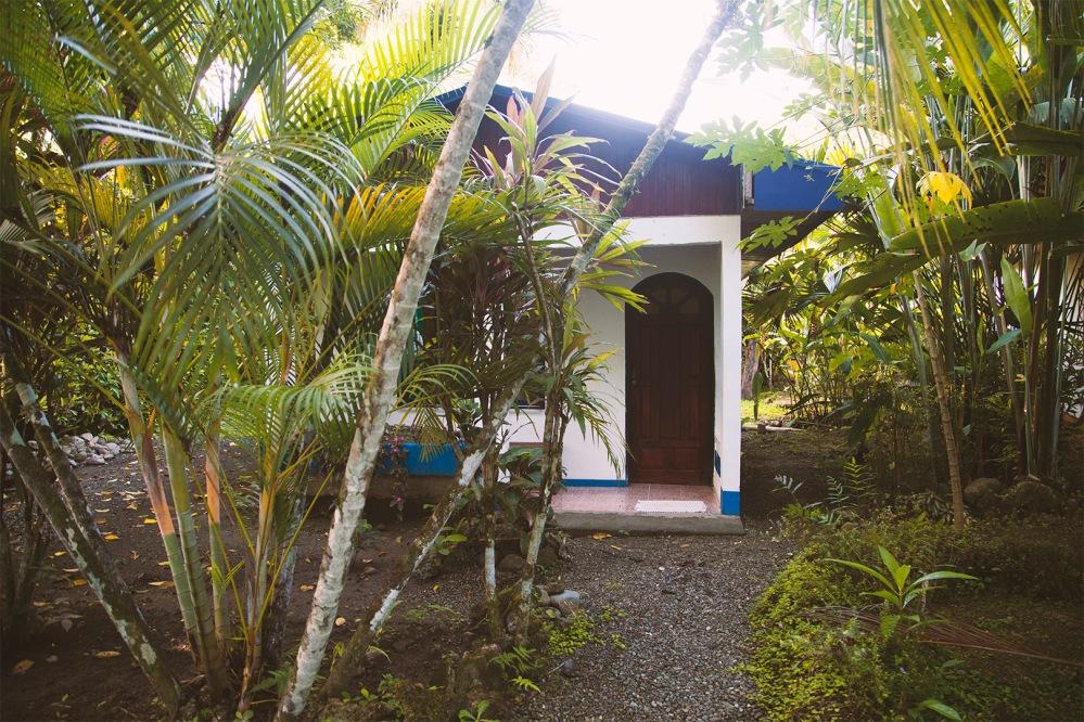 costa-rica-julia-laffaille-focusaventure-cahuita-cabinas-tito-2