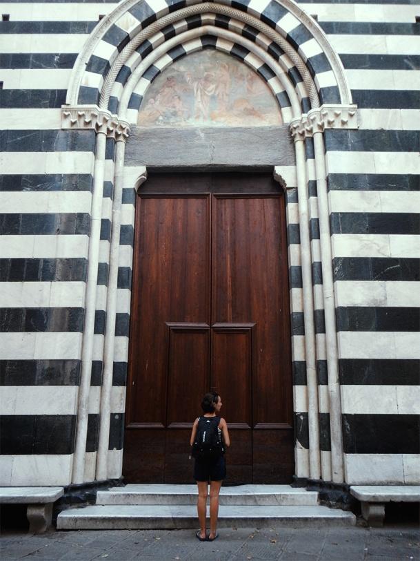 julia-laffaille-focus-aventure-cinque-terre-italie-eglise