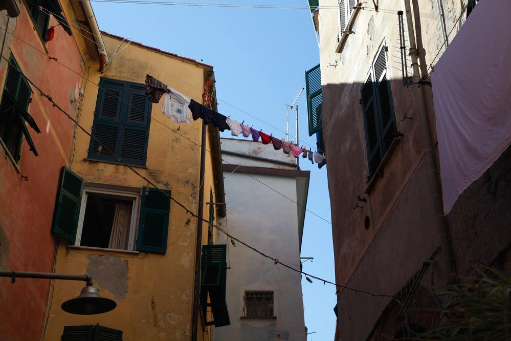 julia-laffaille-focus-aventure-cinque-terre-italie-vernazza-rue