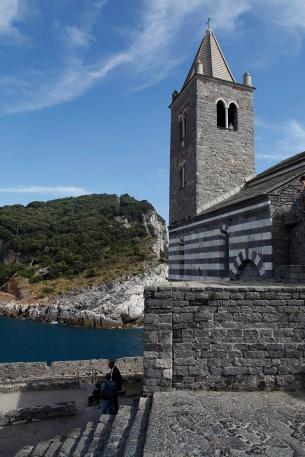 julia-laffaille-focus-aventure-portovenere-eglise-italie