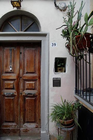 julia-laffaille-focus-aventure-portovenere-italie-rue