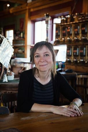 julia-laffaille-focus-aventure-quebec-gaspe-cafe3
