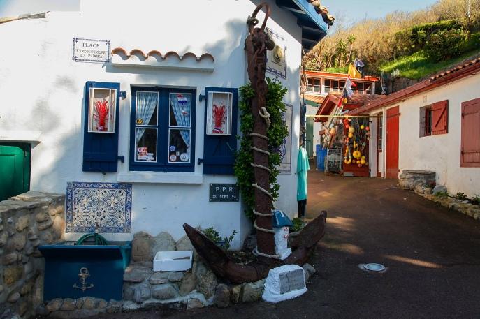 julia_laffaille_focus_aventure_pays_basque-biarritz_port_des_pecheurs