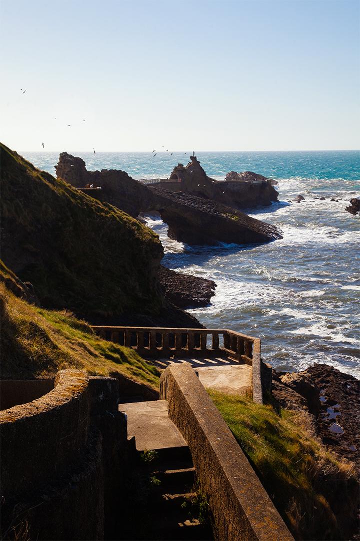 julia_laffaille_focus_aventure_pays_basque-biarritz_rocher_de_la_vierge-3