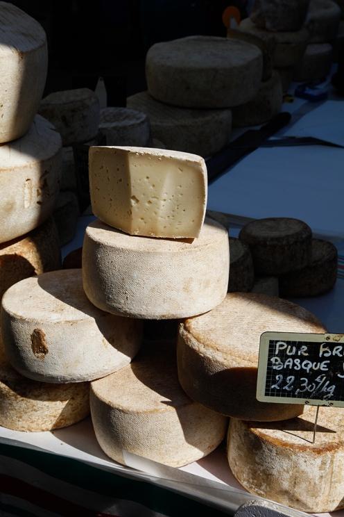 julia_laffaille_focus_aventure_pays_basque-saint-jean-de-luz-halles-3